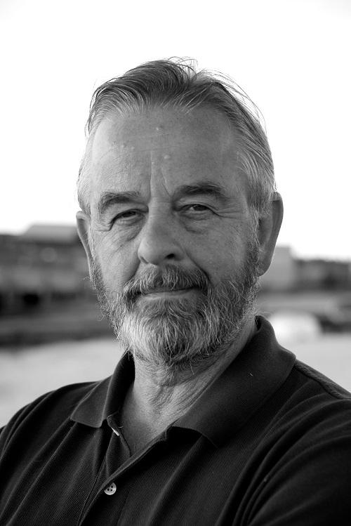 Retiring Commodore Richard Bradburn